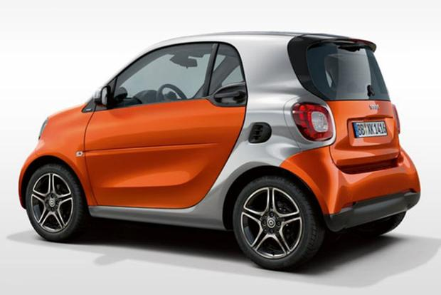 The smart Brand Will Now Be Fully Electric, and It's About Time featured image large thumb0