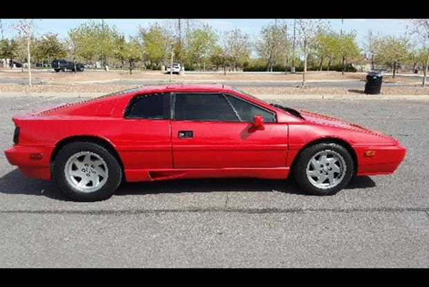 You Can Buy This Lotus Esprit for Just $17,000 -- But Should You? featured image large thumb0