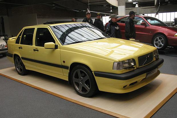 I Always Lusted After the Volvo 850 T-5R featured image large thumb0