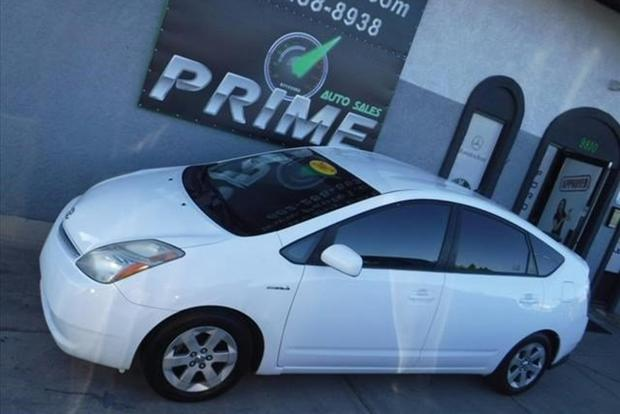 Autotrader Find: 2007 Toyota Prius With 367,000 Miles featured image large thumb0