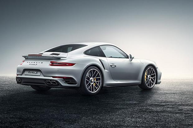 As I Get Older, I Like the Porsche 911 More featured image large thumb0