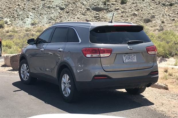 Here's a Kia Sorento Driven by the U.S. Government featured image large thumb0