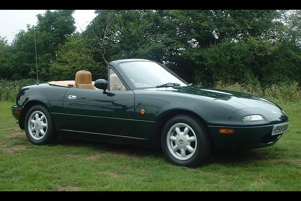 Is the Mazda Miata Really That Great? featured image large thumb0