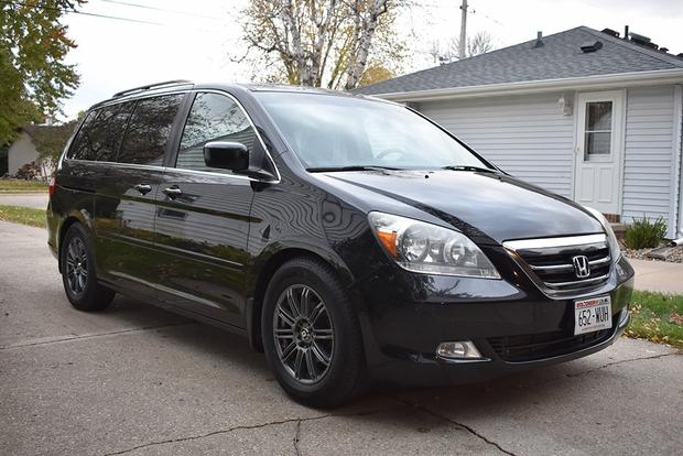 My Honda Odyssey Touring Is the Nicest Minivan Money Could Buy in 2007 featured image large thumb0