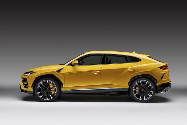 So Where Exactly Is the Lamborghini Urus's Fuel Door? featured image large thumb0