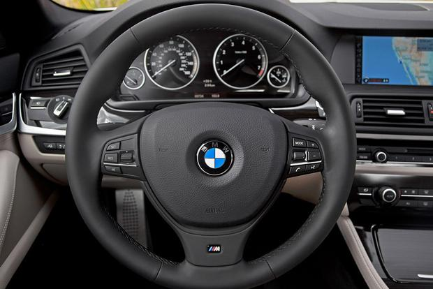 Which Sides for Steering Wheel Audio and Cruise Control Are Correct? featured image large thumb0