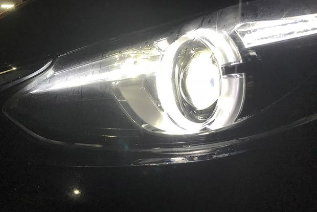 Daytime Running Lights Are a Good Thing. Or Are They? featured image large thumb0