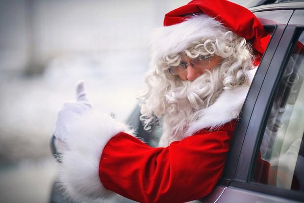 4 Cars That Could Serve as Santa Claus' Sleigh featured image large thumb0