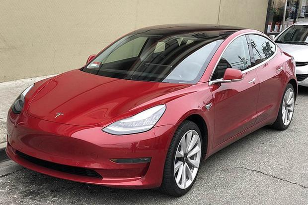 Am I the Only One Who Thinks the Tesla Model 3 Is Ugly? featured image large thumb0
