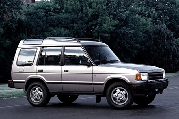 The Manual Land Rover Discovery: Yes, They Exist featured image large thumb0