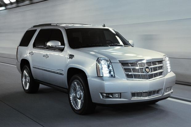 2013 Cadillac Escalade: New Car Review featured image large thumb0
