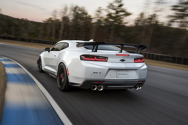 Chevrolet Camaro ZL1 1LE: First Drive Review featured image large thumb1