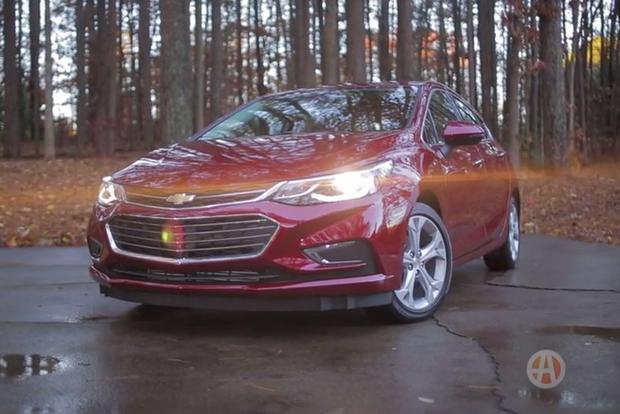 2017 Chevrolet Cruze Hatchback: 5 Reasons to Buy - Video featured image large thumb1