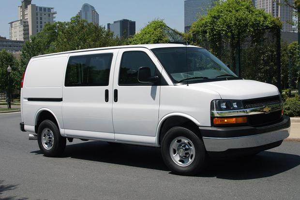 2015 Chevrolet Express Cargo: Overview featured image large thumb0