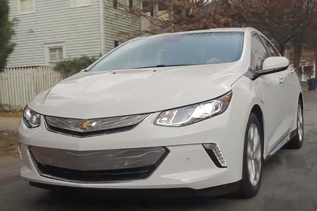 2016 Chevrolet Volt: Real World Review - Video featured image large thumb1