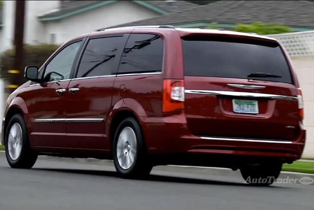 2013 Chrysler Town & Country: New Car Review - Video featured image large thumb1