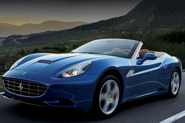 2014 Ferrari California: Overview featured image large thumb0