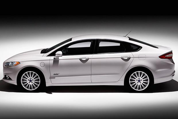 2014 ford fusion energi titanium real world review autotrader. Black Bedroom Furniture Sets. Home Design Ideas