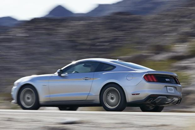 2015 Ford Mustang Overview featured image large thumb0