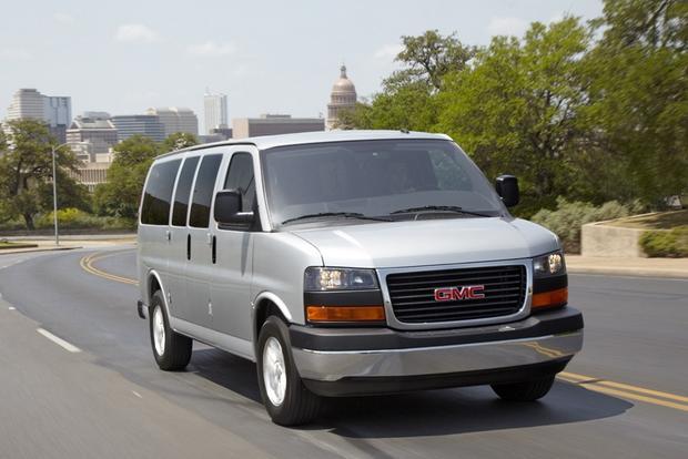 2014 gmc savana 2500 new car review autotrader. Black Bedroom Furniture Sets. Home Design Ideas