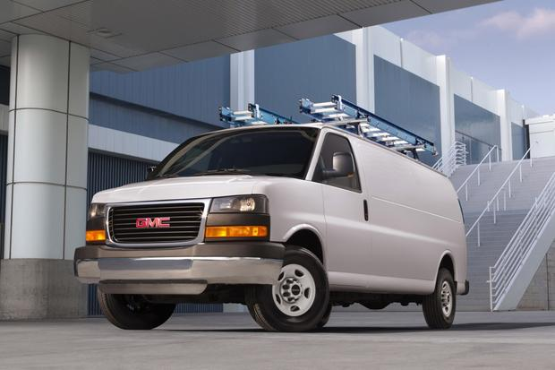 2014 GMC Savana 3500: New Car Review featured image large thumb0