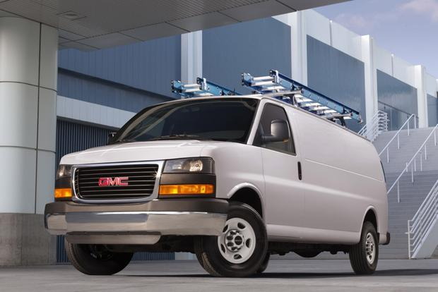 2015 GMC Savana 2500: New Car Review featured image large thumb0