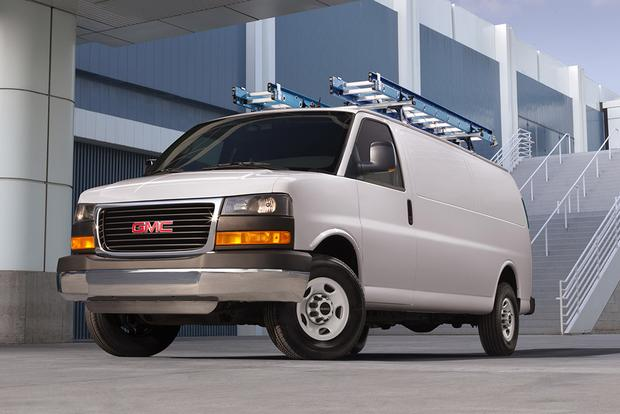 2015 GMC Savana Cargo: Overview featured image large thumb0