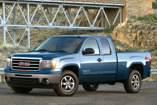 2012 GMC Sierra 1500 and Hybrid: New Car Review featured image large thumb0