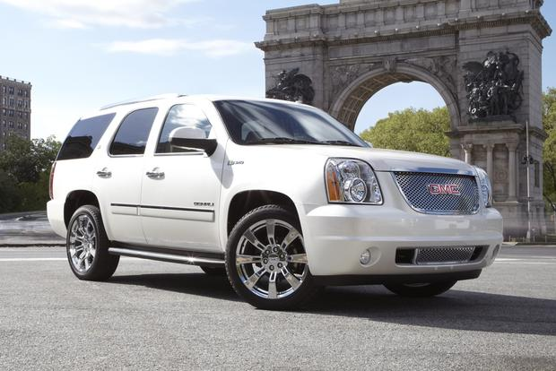2012 GMC Yukon, Yukon Hybrid and Yukon XL: New Car Review featured image large thumb0