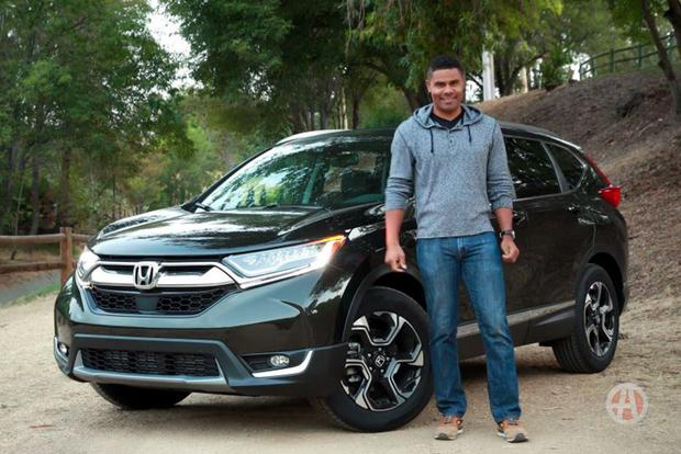 2017 Honda CR-V: 5 Reasons to Buy featured image large thumb1