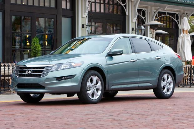 2012 honda crosstour new car review autotrader. Black Bedroom Furniture Sets. Home Design Ideas