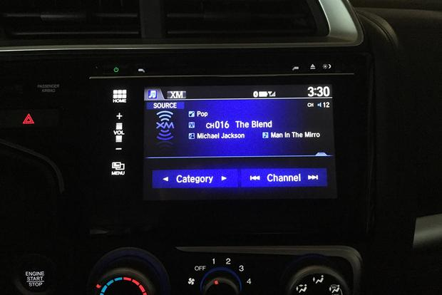 2015 Honda Fit: Stereo Woes featured image large thumb0
