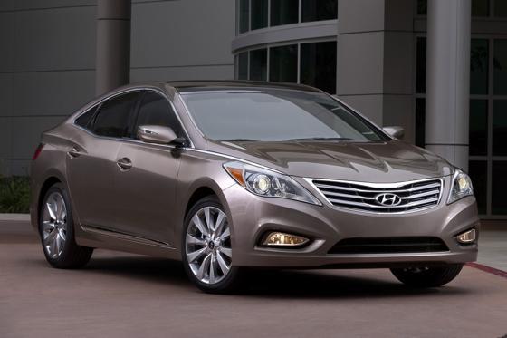 2012 Hyundai Azera: Real World Test featured image large thumb0