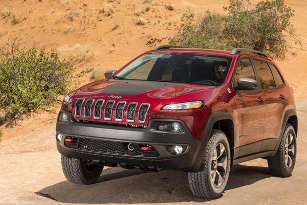 2014 jeep cherokee trailhawk real world review featured image large. Cars Review. Best American Auto & Cars Review