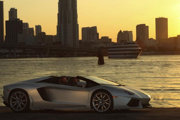 2013 Lamborghini Aventador Roadster: Overview featured image large thumb0