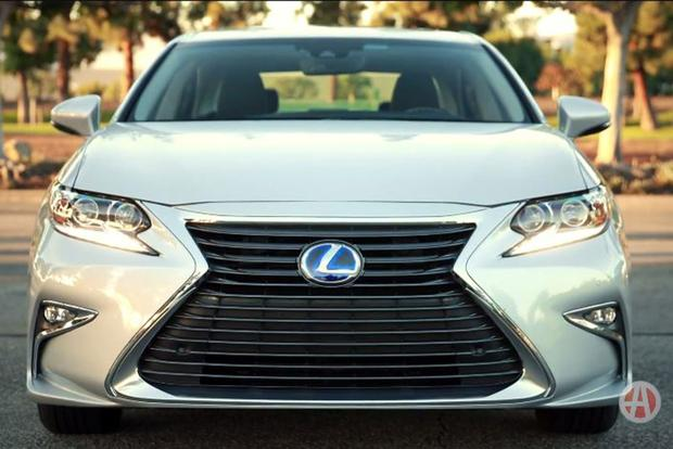 Video | 2018 Lexus ES 300h: 60-Second Stats featured image large thumb2