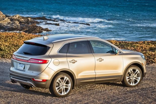 2015 Lincoln MKC: Real-World Review featured image large thumb0