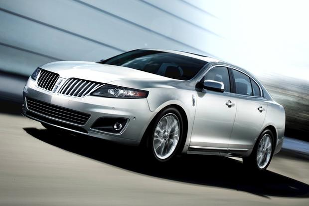 2012 Lincoln MKS: New Car Review featured image large thumb0