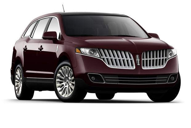 2012 Lincoln MKT: New Car Review featured image large thumb0