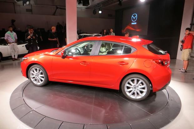 2014 Mazda3: First Look Video featured image large thumb1
