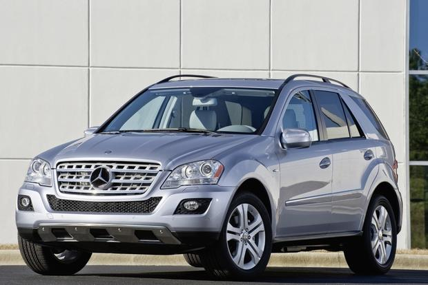 2011 mercedes benz ml450 hybrid overview autotrader for Pros and cons of owning a mercedes benz