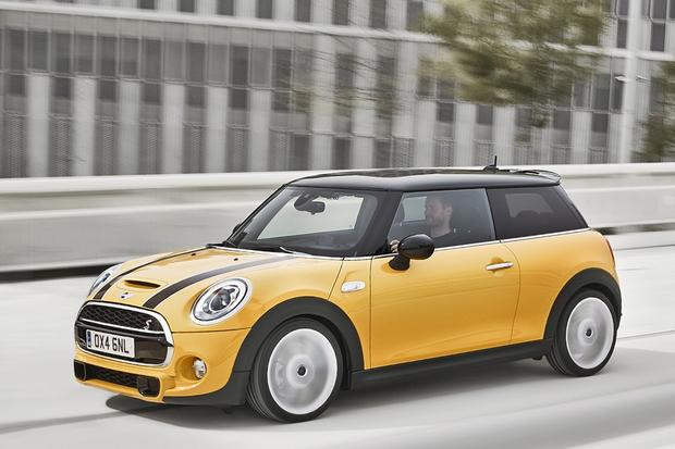 2014 Mini Cooper Hardtop: First Drive Review featured image large thumb0