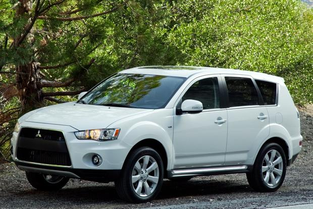 2012 Mitsubishi Outlander: New Car Review featured image large thumb0