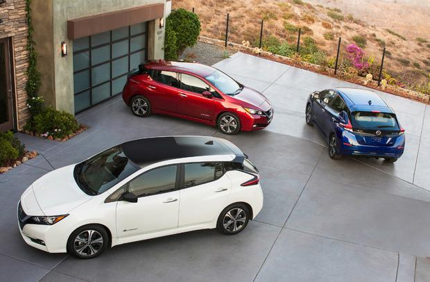 2018 Nissan Leaf: First Look featured image large thumb0