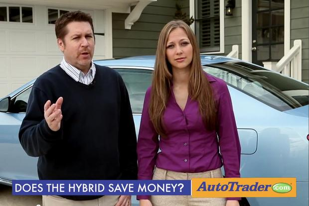 Camry Q&A: Are hybrids worth it? featured image large thumb1