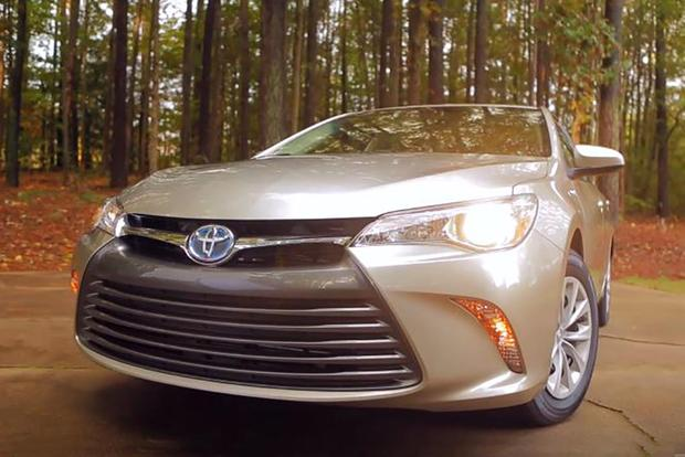 2016 Toyota Camry Hybrid Real World Review Video