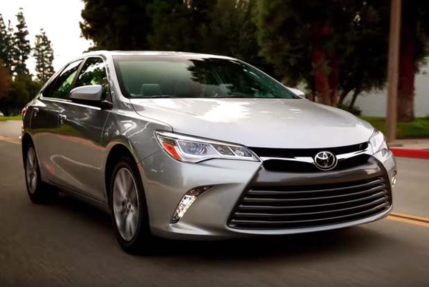2016 Toyota Camry 5 Reasons To Video