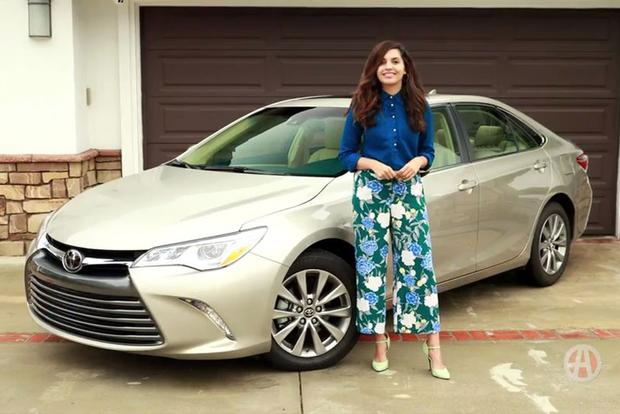 2017 Toyota Camry: 5 Reasons to Buy - Video featured image large thumb2