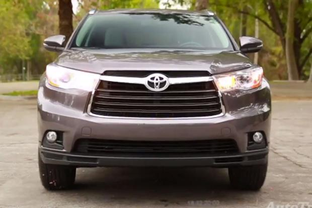 2014 Toyota Highlander: 5 Reasons to Buy - Video featured image large thumb2