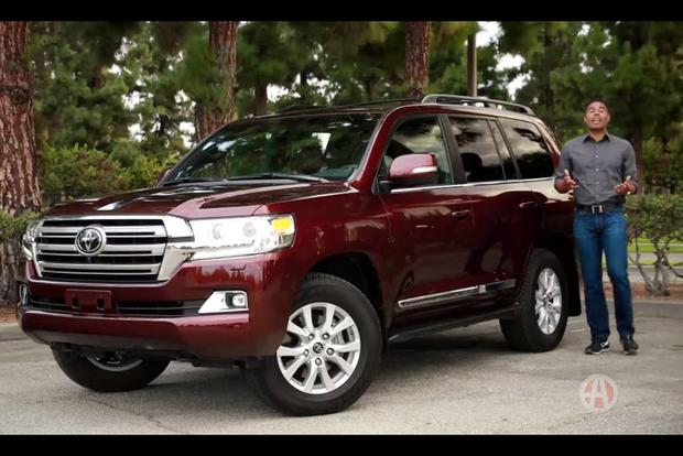 2017 Toyota Land Cruiser: 5 Reasons to Buy - Video featured image large thumb1
